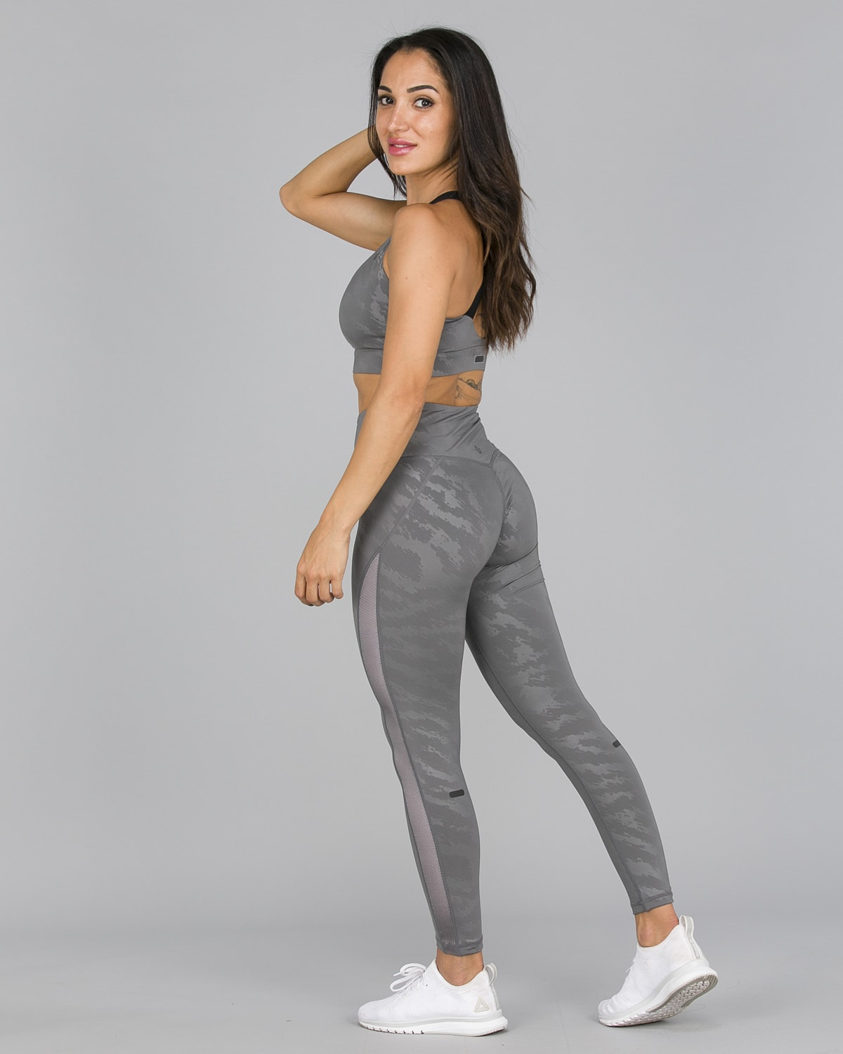 Workout Empire – Elevate Leggings – Silver7