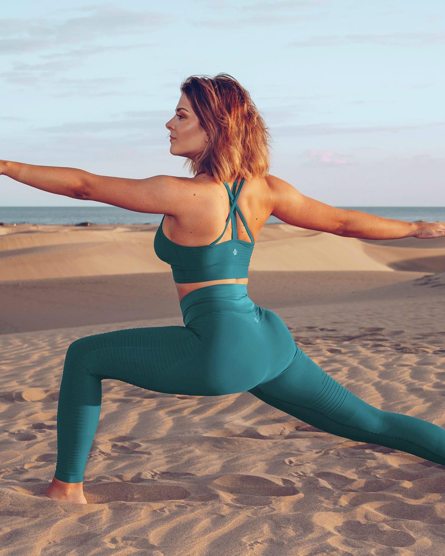 workout_empire_regalia_flow_leggings_ocean_depths2