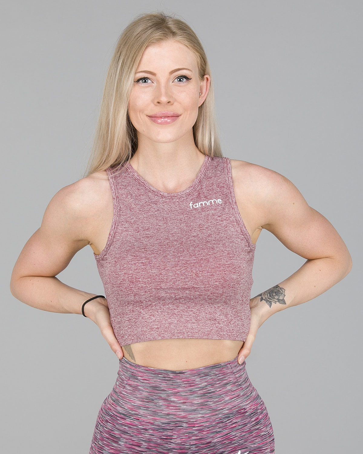 FAMME – Seamless Crop Top – Melange Burgundy3