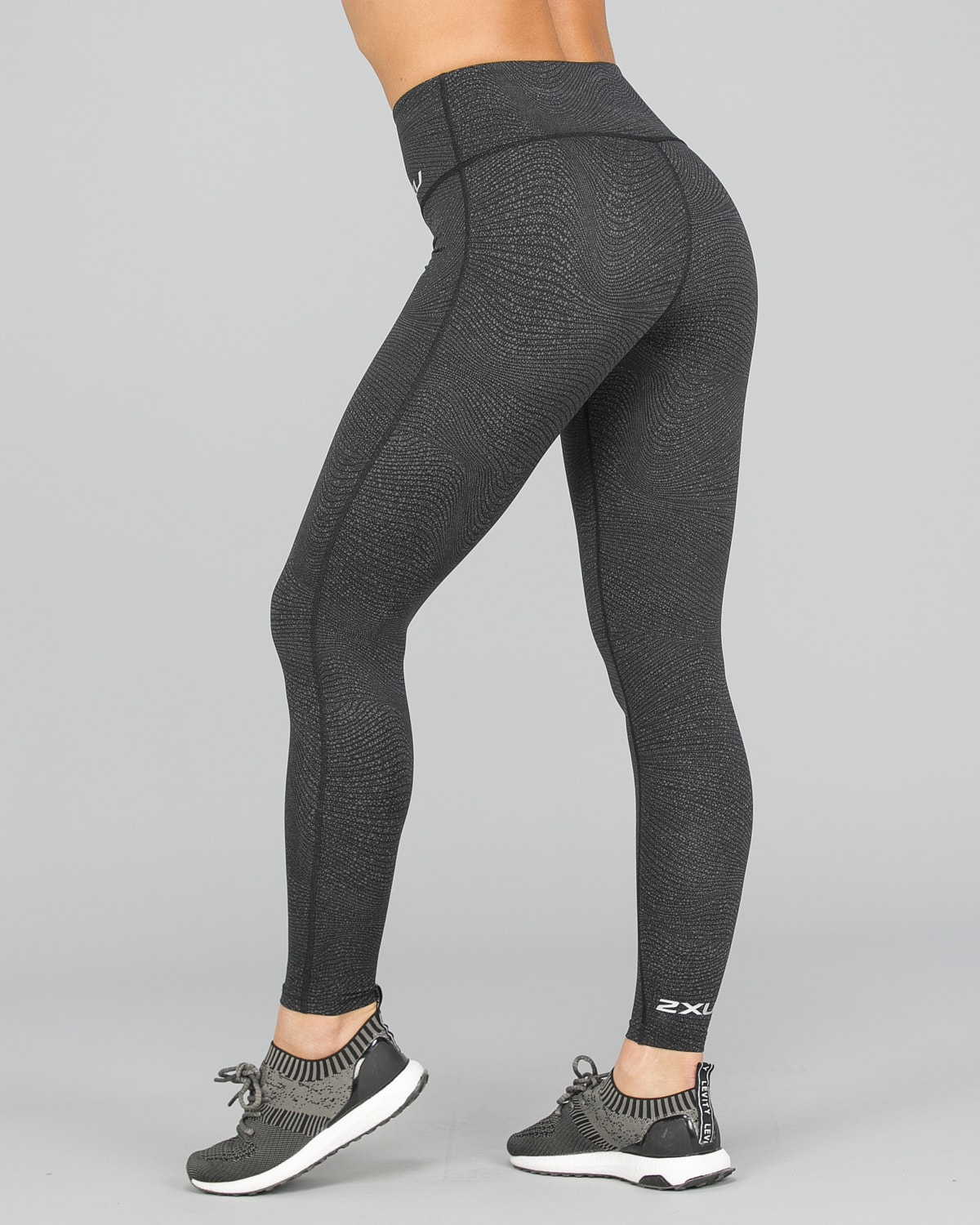 2XU Fitness Hi-Rise Comp Tights Women – Wave Spot Charcoal:Silver8