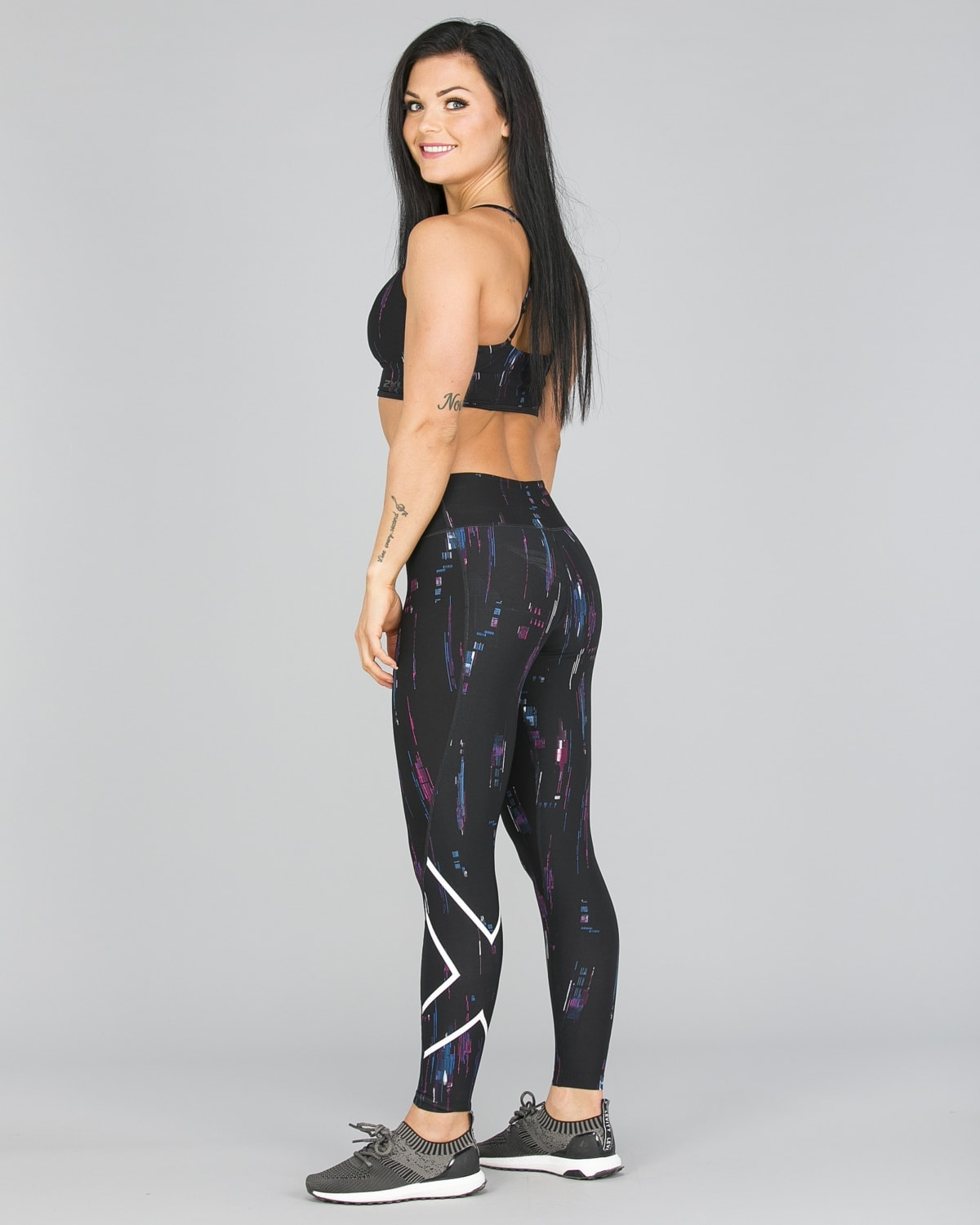 2XU Print Mid-Rise Comp Tights Women – Frequency Boysenberry:White5