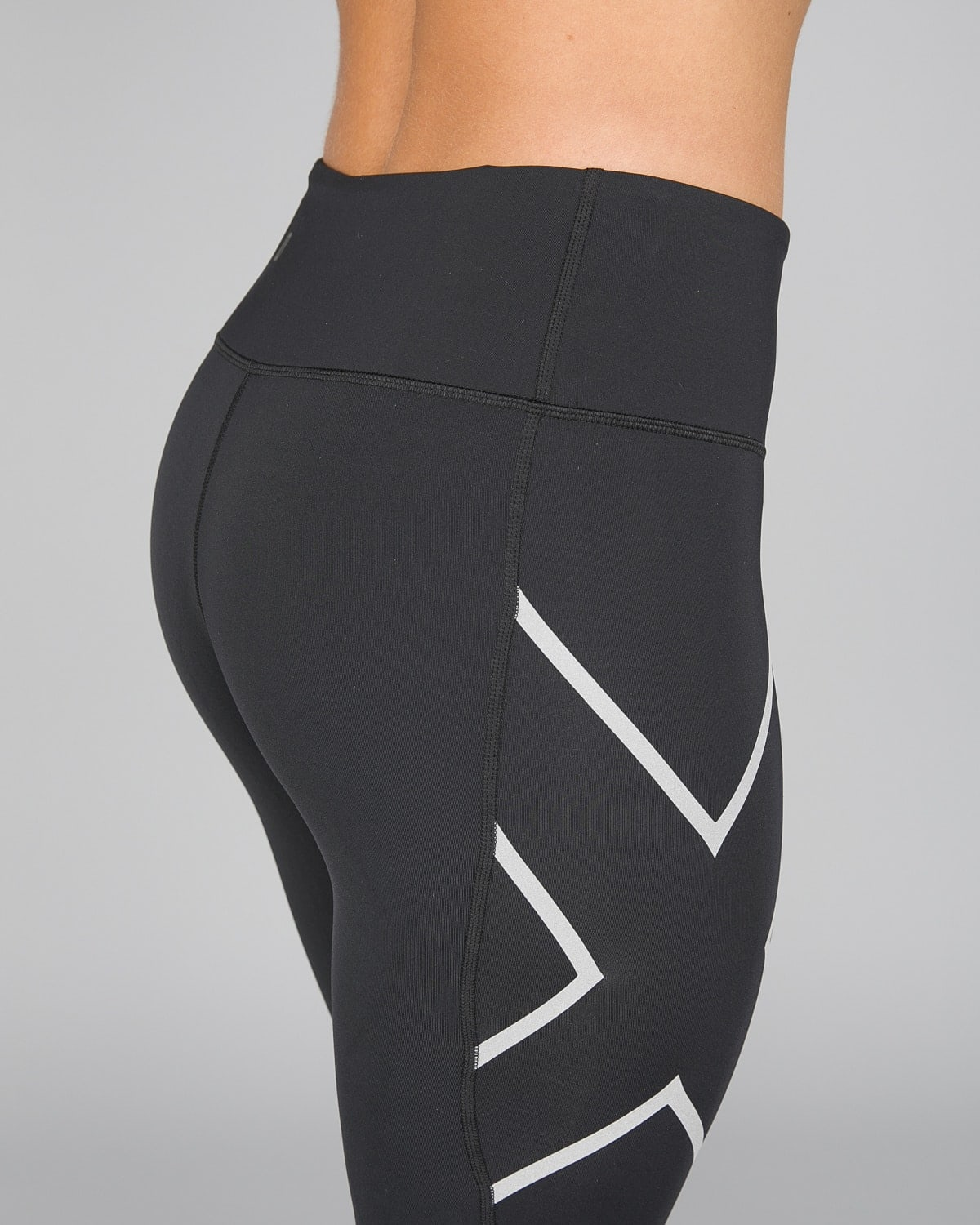 2XU Run Mid-Rise Dash Comp Tights Women – Black:Silver Reflective2