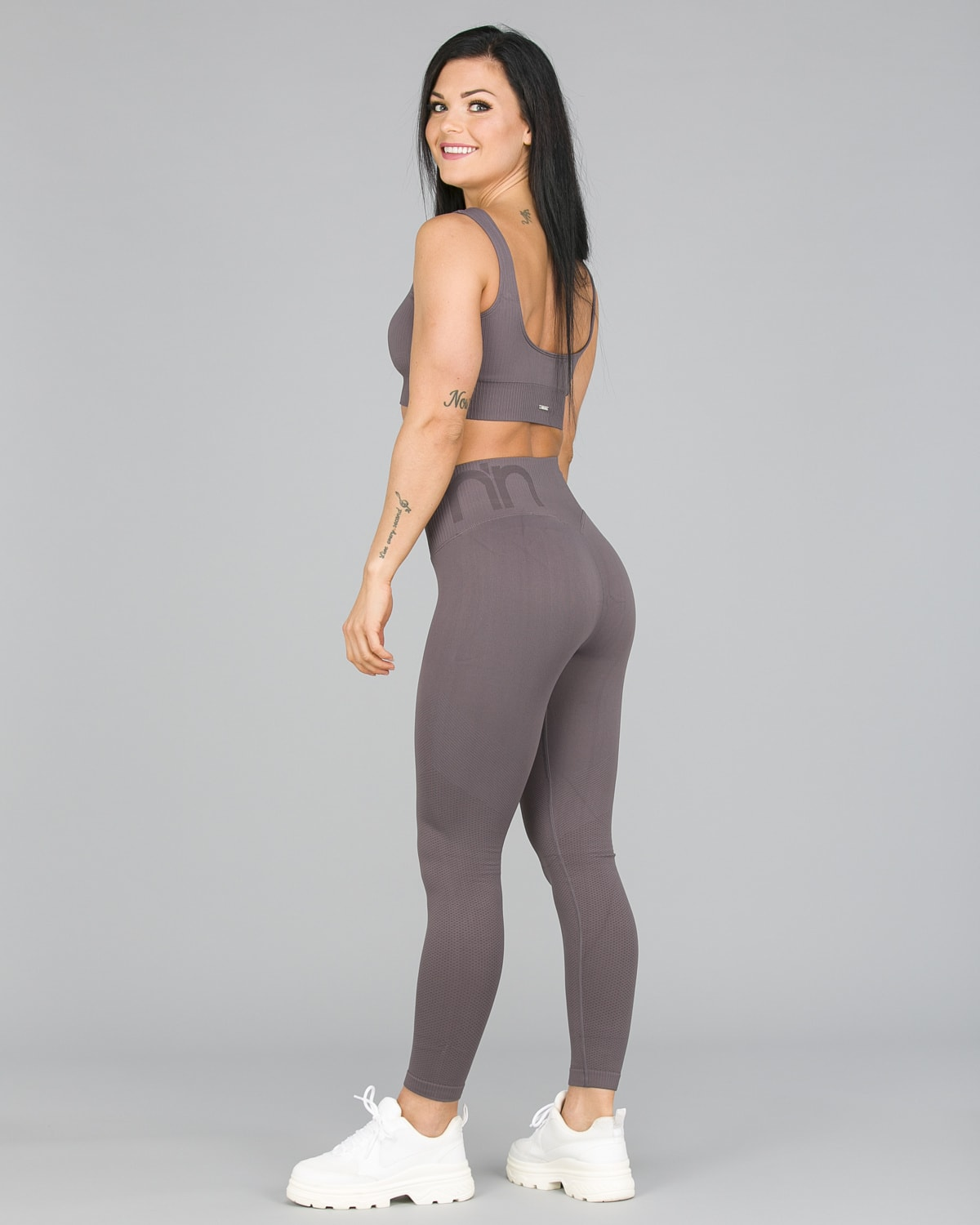 Aim'n Concrete Attention Seamless Tights3