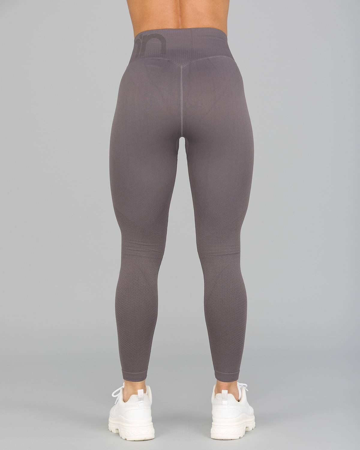 Aim'n Concrete Attention Seamless Tights9