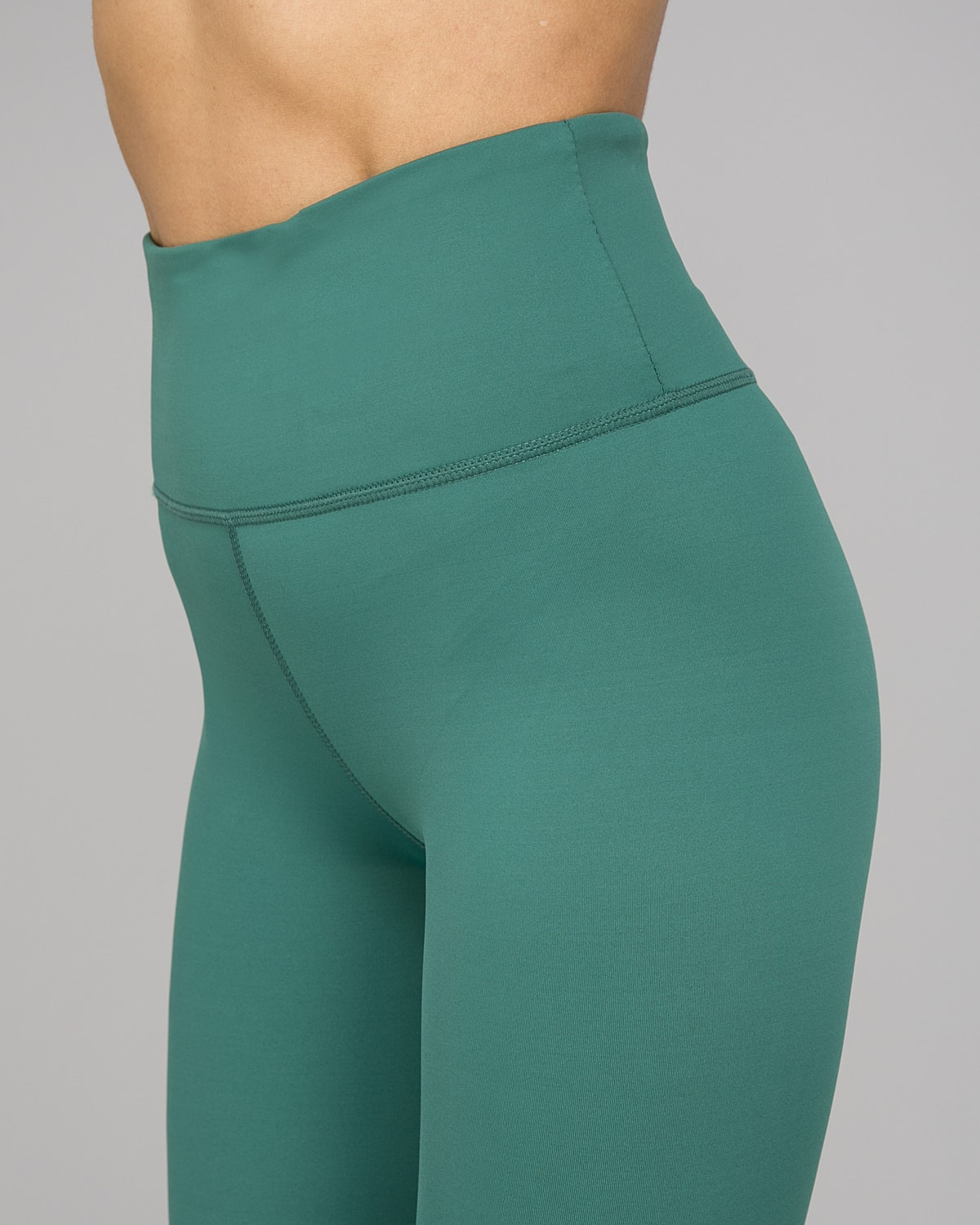 Workout Empire – With Confidence Shape Leggings – Emerald Green10